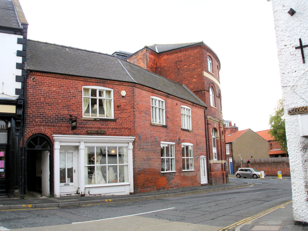 LETTING AGREED - 22A MARKET PLACE BARTON UPON HUMBER,