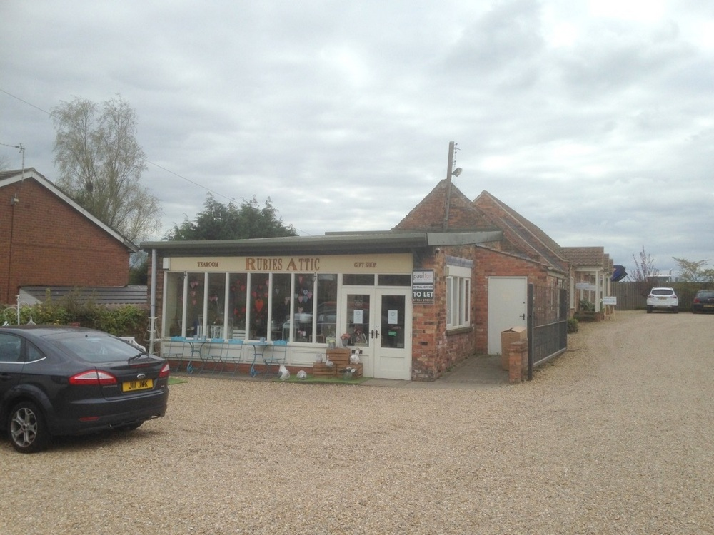 SOLD - TEA ROOM LAUGHTON ROAD BLYTON NEAR GAINSBOROUGH,