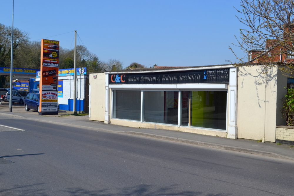 RETAIL UNIT/SHOWROOM FERRIBY ROAD BARTON UPON HUMBER DN18 5RJ,