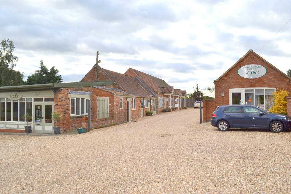 LETTING AGREED UNIT 3 THE OLD GRAIN STORE BLYTON DN21 3LG,